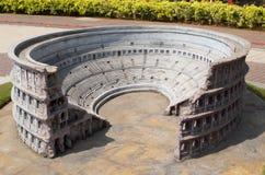 Colosseum-The första amfiteaterminiatyr arkivfoton