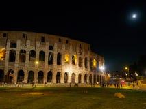 Colosseum la nuit Images stock