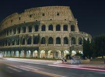 Colosseum la nuit photo stock