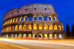Colosseum nachts, Rom, Italien Lizenzfreie Stockfotos