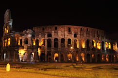 Colosseum by night Royalty Free Stock Photos