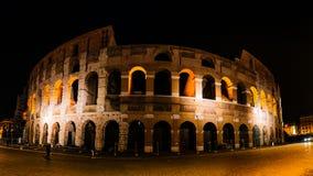 Colosseum no centro da cidade de Roma, Itália imagens de stock royalty free