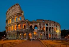 Colosseum no crepúsculo Imagens de Stock