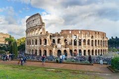 Colosseum ou Flavian Amphitheatre em Roma Italy fotos de stock