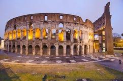Colosseum på natten, Rome Arkivbilder