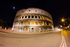 Colosseum par nuit Photographie stock libre de droits
