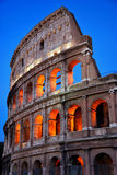 Colosseum pelo por do sol Foto de Stock Royalty Free