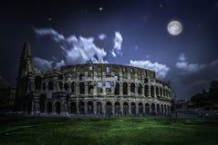 colosseum rome причаленный взгляд корабля порта ночи Стоковое фото RF
