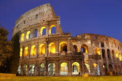 Colosseum Rome bij nacht Stock Afbeelding