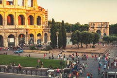 Colosseum à Rome pendant la soirée Images libres de droits