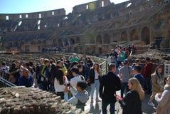 Colosseum, tłum, ludzie, miasto, struktura Obrazy Stock