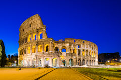 Colosseum in una notte di estate a Roma, Italia Fotografia Stock