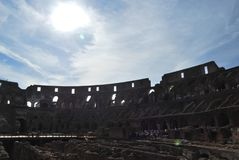 Colosseum von Rom in Lazio in Italien Stockbilder