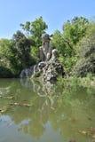 Colosso-dell ` Appennino del Giambologna 1580, beeldhouwwerk in Florence in het openbare park van Villa Demidoff wordt gevestigd  Stock Fotografie