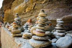 Coloumns von gerundeten Steinen in der Stadt von Vernazza Italiener Nati lizenzfreies stockbild
