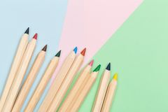 Colour ołówki na colour tle fotografia royalty free