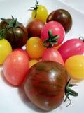 Coloured czereśniowi pomidory obrazy stock