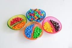 Colourful czekoladowego cukierku przyjęcia bonbons Zdjęcie Royalty Free