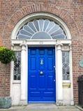 Colourful Gruziński drzwi w Dublin mieście, Merrion kwadrat, Irlandia fotografia royalty free