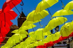 Colourful parasoli miastowa uliczna dekoracja Wiszący kolorowy um Obraz Royalty Free