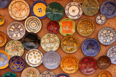 Colourful plates on sale Royalty Free Stock Photos