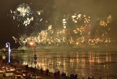 Colourful uroczyści fajerwerki poświęcać końcówka rok 2017 Fotografia Stock