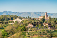 Colourful wzgórza Tuscany w wiosna sezonie Zdjęcie Stock