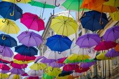 Colourfull paraplyer, Arles, Frankrike Royaltyfri Fotografi