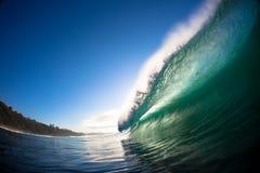 Colpo d'arresto dell'acqua dell'orlo dell'onda Immagine Stock