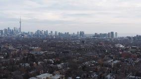 colpo d'instaurazione aereo 4K di una vicinanza a Toronto, Ontario video d archivio