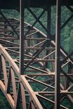 Colpo del dettaglio del ponte sopra la nuova gola del fiume in Virginia Occidentale fotografia stock