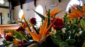 Colpo del fiore & della candela usati per un funerale immagine stock