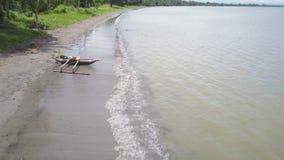Colpo del litorale e della spiaggia archivi video