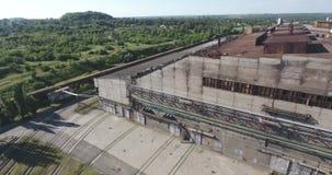 Colpo dell'antenna della pianta dell'industria metalmeccanica archivi video
