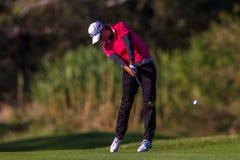 Colpo dell'oscillazione di passo del Lee Anne della signora pro giocatore di golf   Fotografie Stock