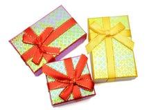 Colpo dello studio del contenitore di regalo tre Immagini Stock