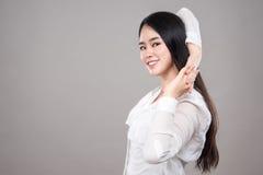 Colpo dello studio di giovane ritratto asiatico della donna - isolato Immagine Stock Libera da Diritti