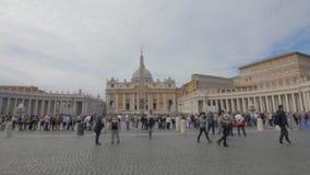 Colpo di filtraggio grandangolare del quadrato di St Peter, Roma archivi video