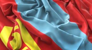 Colpo macro meravigliosamente d'ondeggiamento del primo piano increspato bandiera della Mongolia immagini stock libere da diritti