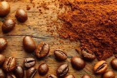 Colpo a macroistruzione dei chicchi di caffè Fotografia Stock Libera da Diritti