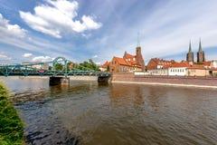 Colpo panoramico sulla costruzione dell'isola di Tumsk a Wroclaw Fotografia Stock Libera da Diritti
