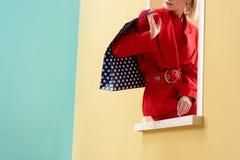 colpo potato della donna alla moda fotografie stock libere da diritti