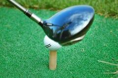 Colpo sulla sfera di golf Fotografie Stock