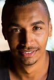 Colpo in testa di un sorridere arabo bello dell'uomo Fotografie Stock Libere da Diritti