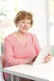 Colse-up der älteren Frau Lizenzfreies Stockfoto
