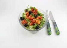 Coltello e forcella dell'insalata sulla tavola Immagine Stock Libera da Diritti