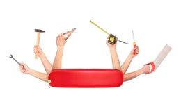 Coltello svizzero con le mani che tengono Fotografia Stock