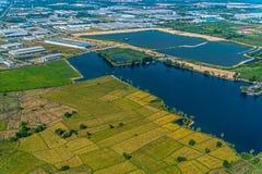 Coltivando, fotografia aerea del serbatoio di acqua della zona industriale Fotografia Stock Libera da Diritti