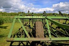 Coltivatore del campo di John Deere Immagine Stock