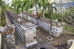 Columbarium - βουδιστικό νεκροταφείο Δημόσια αποθήκευση των cinerary δοχείων στοκ φωτογραφίες